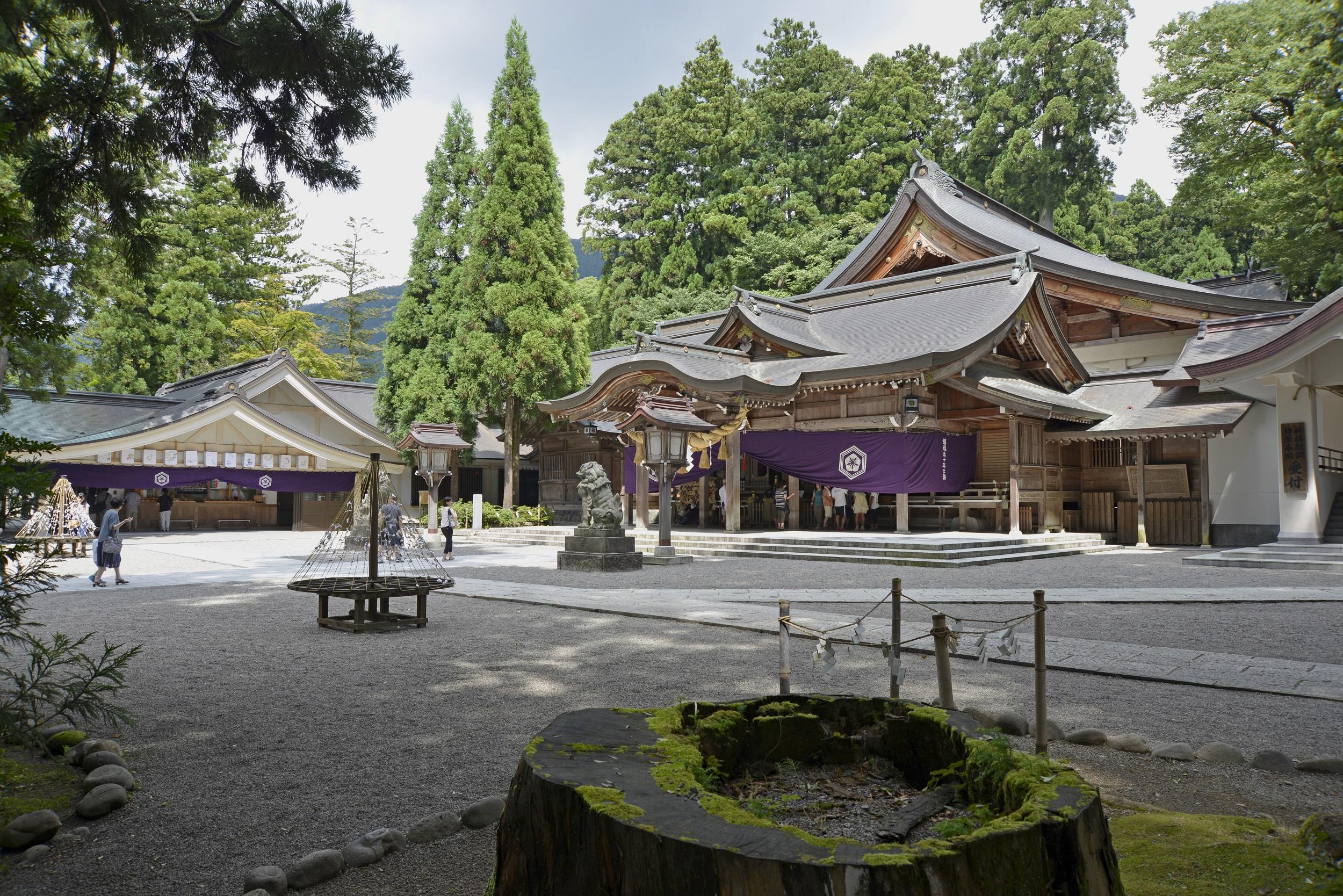 石川白山比咩神社