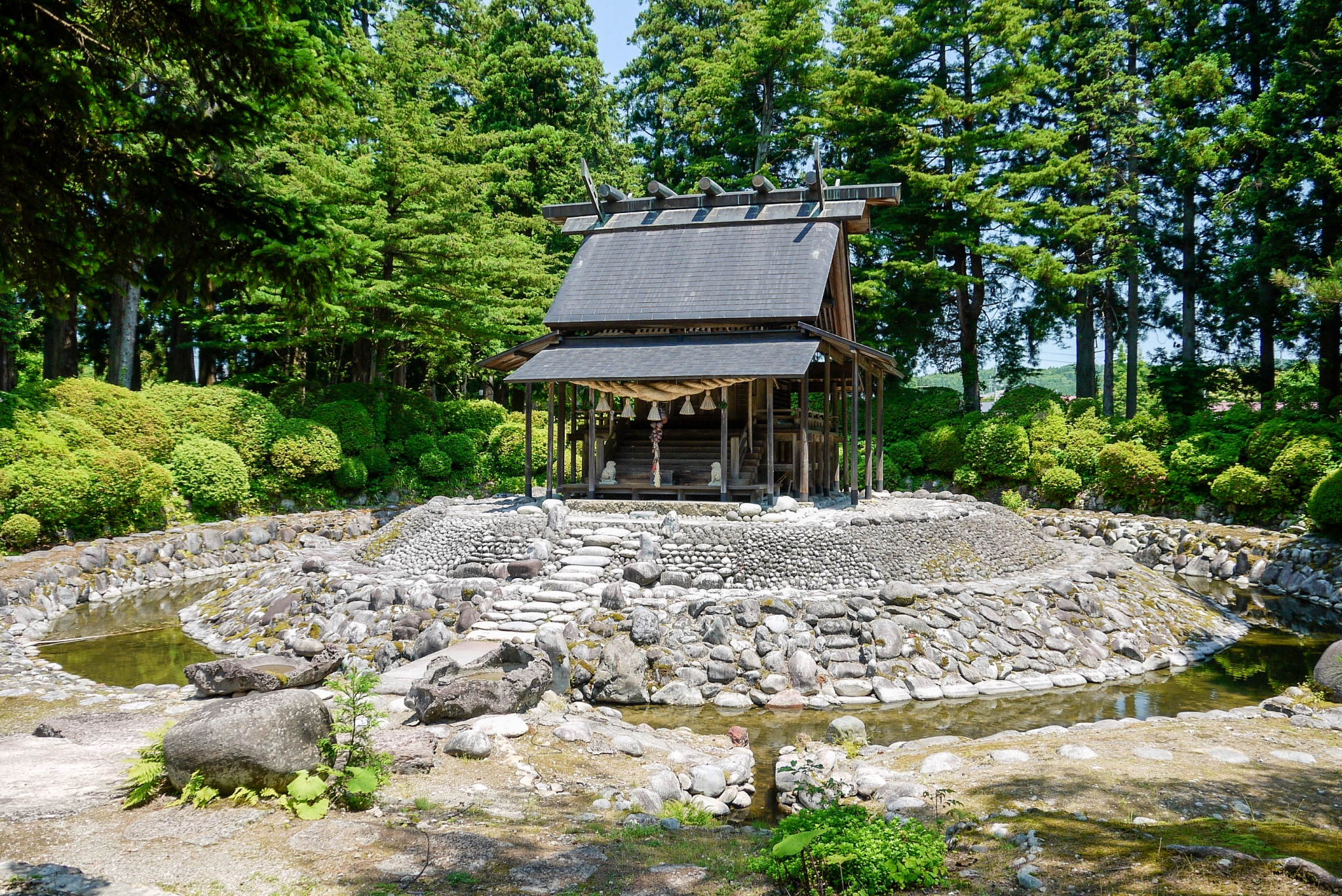 秋田唐松神社